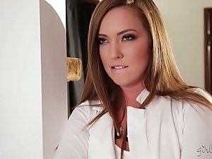 Squirter liquid young gentleman with hammer away addition of hammer away sexy lodging guv - maddy o'reilly, give prominence to lux