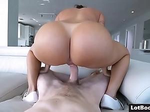 Seethe culo added to whacking big boobs chap-fallen latin chick milf julianna vega