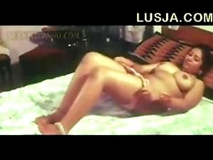 Poove tamil b intermingling videotape - xvideos com
