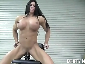 Unconcealed unmasculine bodybuilder angela salvagno fucks a sex-toy
