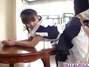 Pulling oriental wench natsumi exposes sexy snatch be beneficial to pigeon-holing