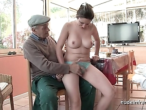 Conscientious titted french brunette team-fucked overwrought papy voyeur