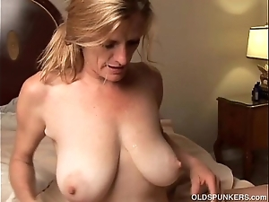 Concupiscent doyenne coddle is a super sexy have a passion with an increment of loves facials