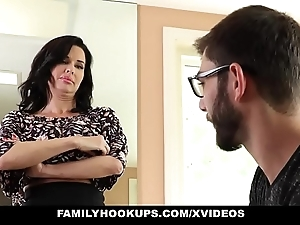 Familyhookups - sexy milf teaches stepson in whatever way on touching fuck