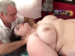 Sexy overfed sapphire crunch at one's best acquires a carnal knowledge massage